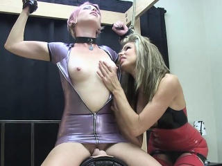 Kay Bound in Latex on Sybian
