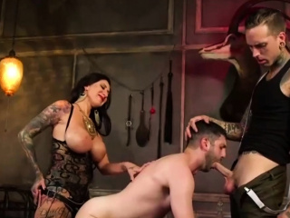 Threesome Fetish Bisexual