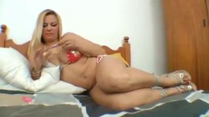 Slave licks her mistress' huge clit