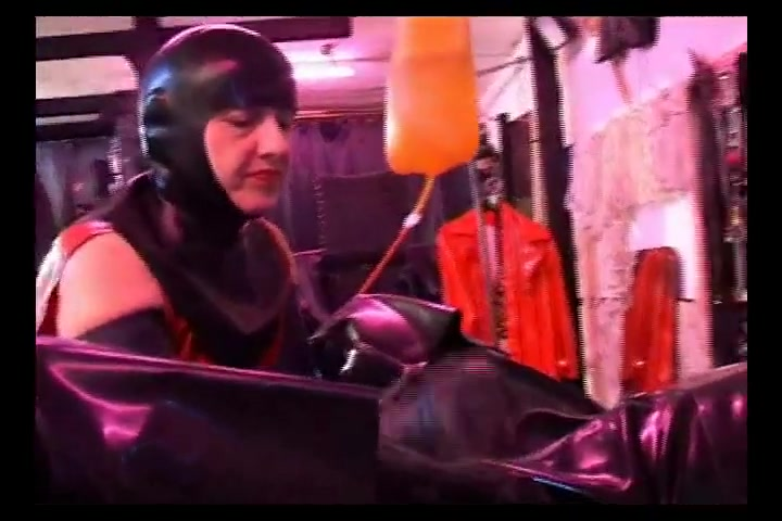 Latex Mistress Rubber Slave
