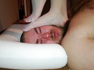 Face,Fingers,Cock trampling in white nylons
