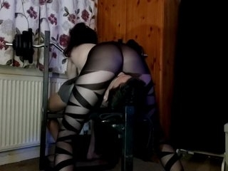 Nylon Facesitting Babe,Faceriding and fullweight Smothering in Sexy tights!