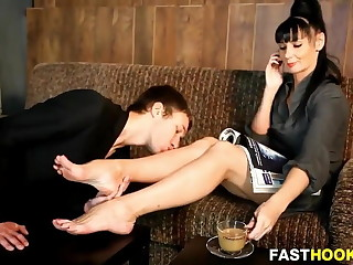 Sexy Mistress Foot Worship