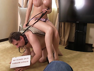 cuckold must bring queen daisy to her lover