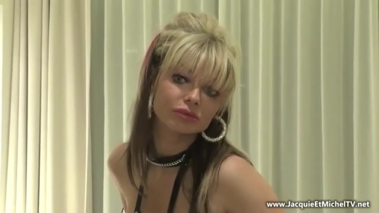 Jacquie et Michel TV - Barbie, Blonde Mature Avec Gros Seins