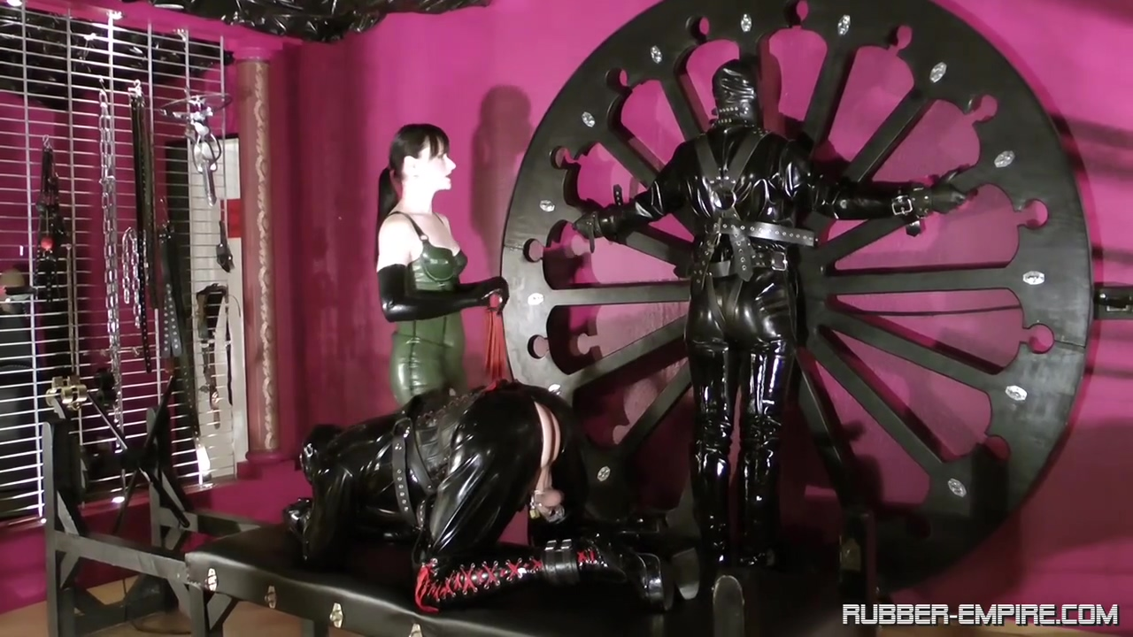 Amator - Cheyenne de Muriel - Rubber Until the Doctor C 2