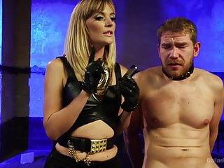 Dominatrix Mona Wales milks two fat cum loads from slave