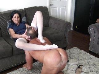 Zephy Nylon Bitch
