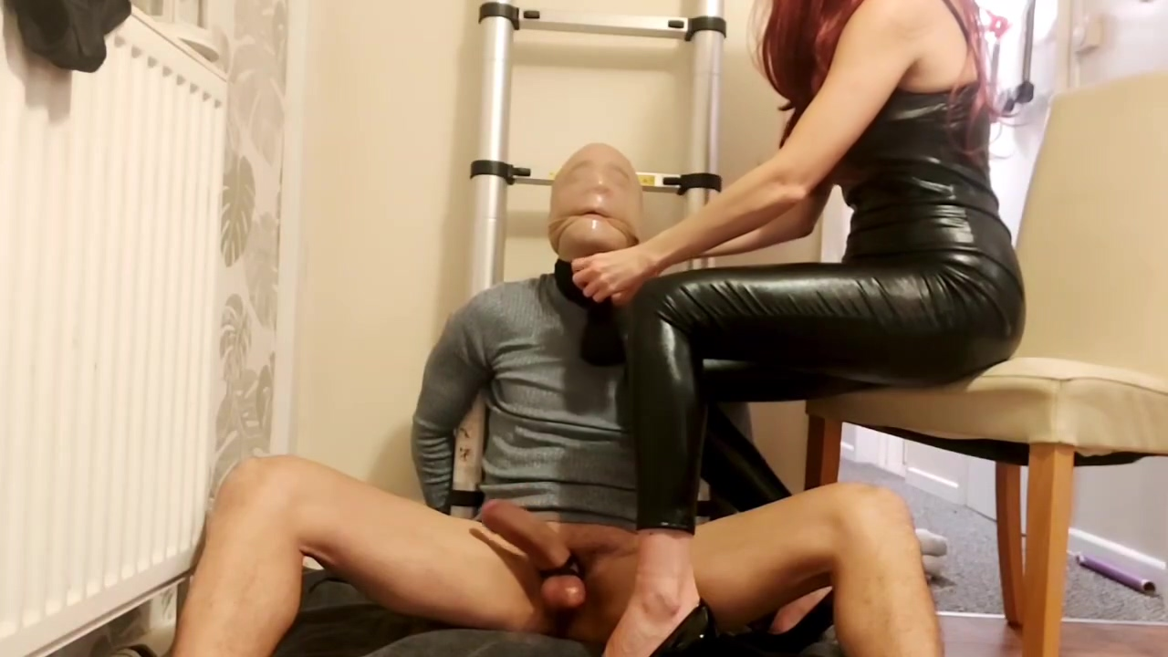 Latex Femdom Dominatrix Throttles And Milks Sub With Hand Smother And Facesitting!