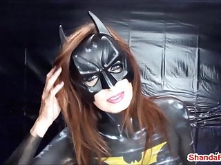 Batgirl Finger Fucks a Guy in the Ass!? Shanda Fay!