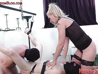 Bi sex cock suck pussy worship foot fetish
